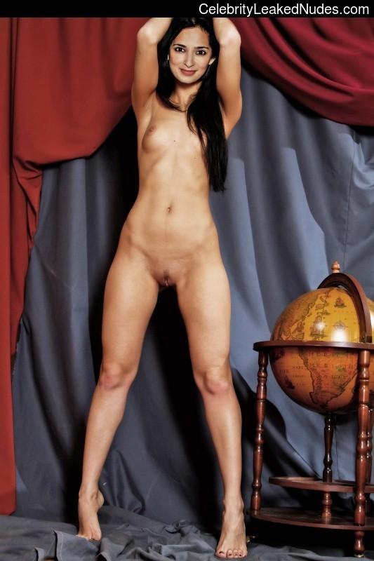 Natasha lyonne nude sex scene
