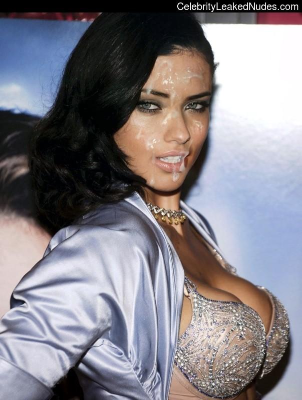 Celeb Nude Adriana Lima 5 pic