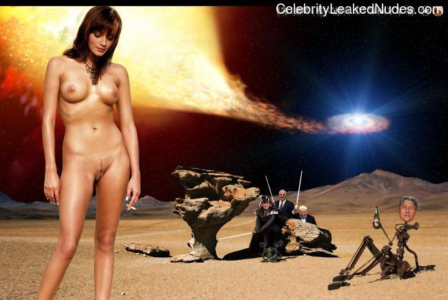 Free nude Celebrity Alexis Bledel 13 pic