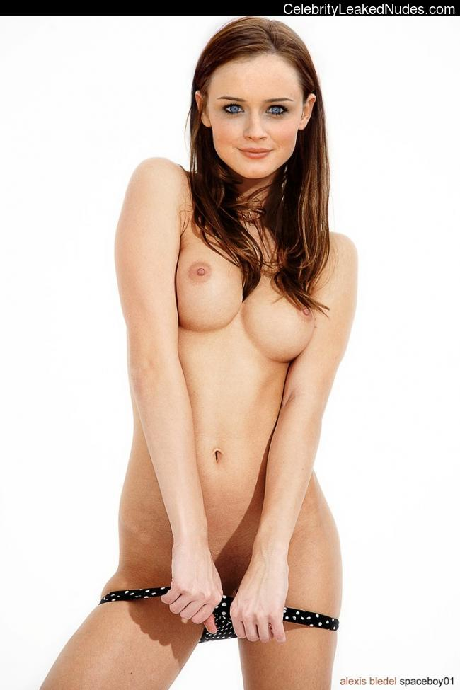 Free nude Celebrity Alexis Bledel 27 pic