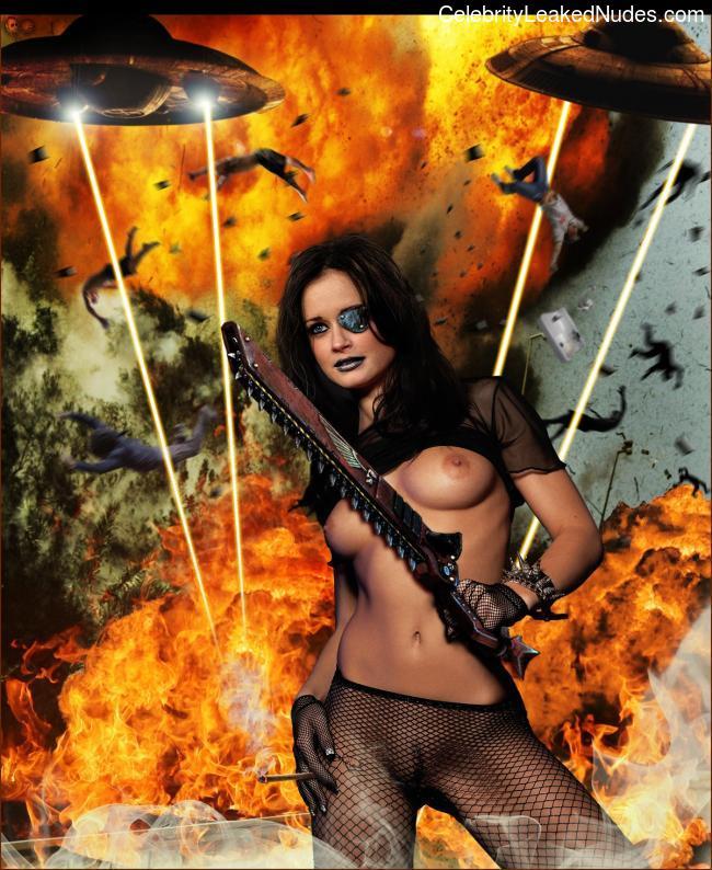Naked Celebrity Pic Alexis Bledel 3 pic