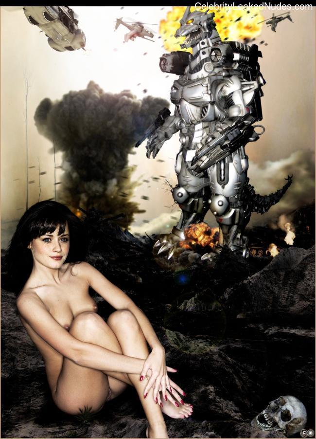 Nude Celeb Alexis Bledel 7 pic