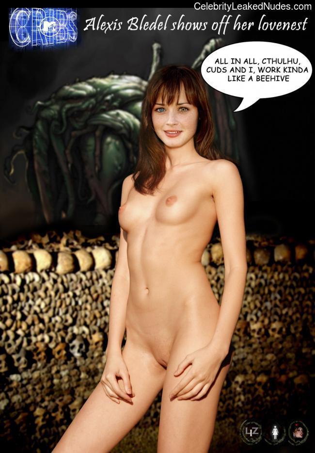 naked Alexis Bledel 9 pic