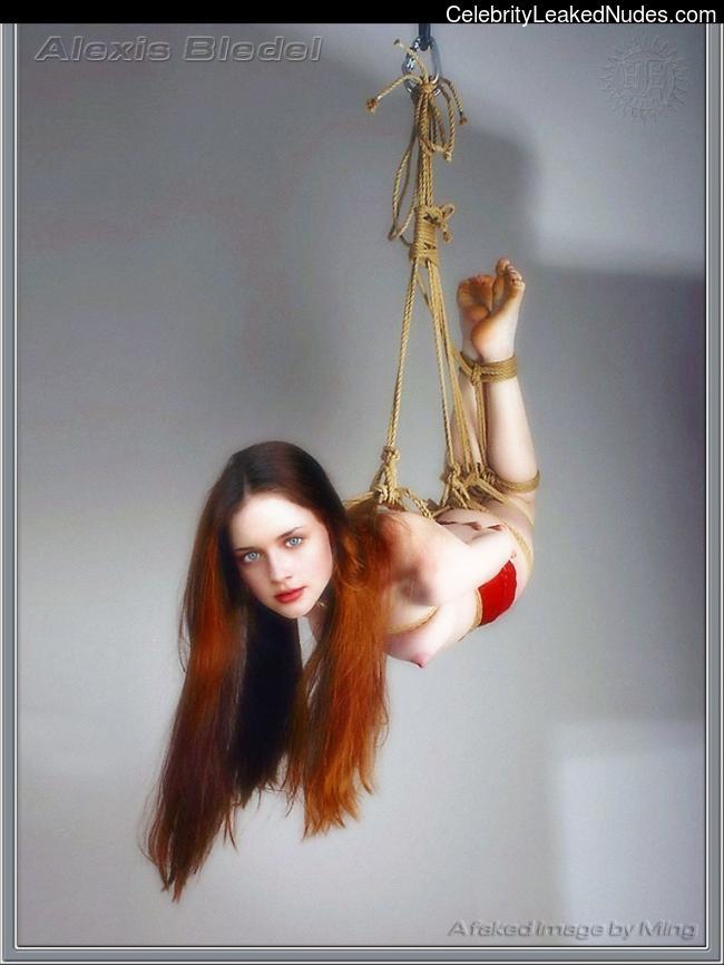 Naked Celebrity Pic Alexis Bledel 12 pic