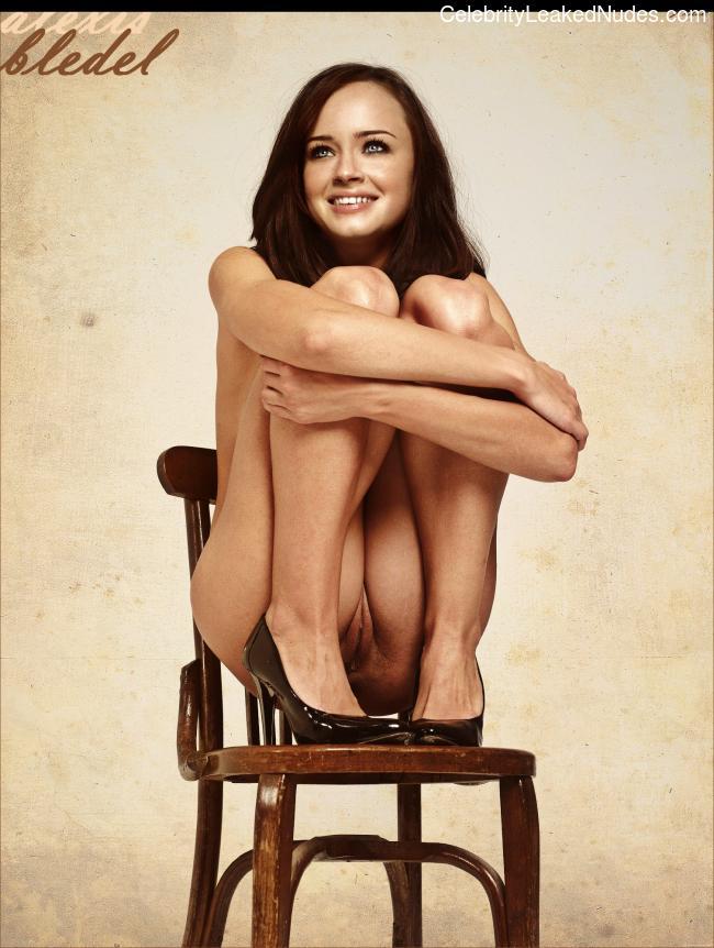 naked Alexis Bledel 15 pic