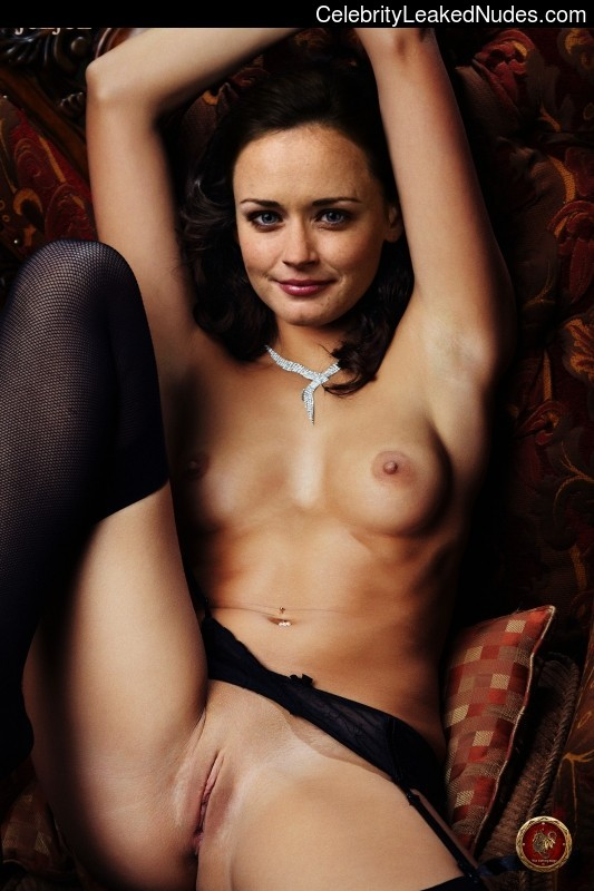 Nude Celeb Pic Alexis Bledel 1 pic