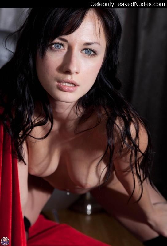 Naked Celebrity Alexis Bledel 1 pic