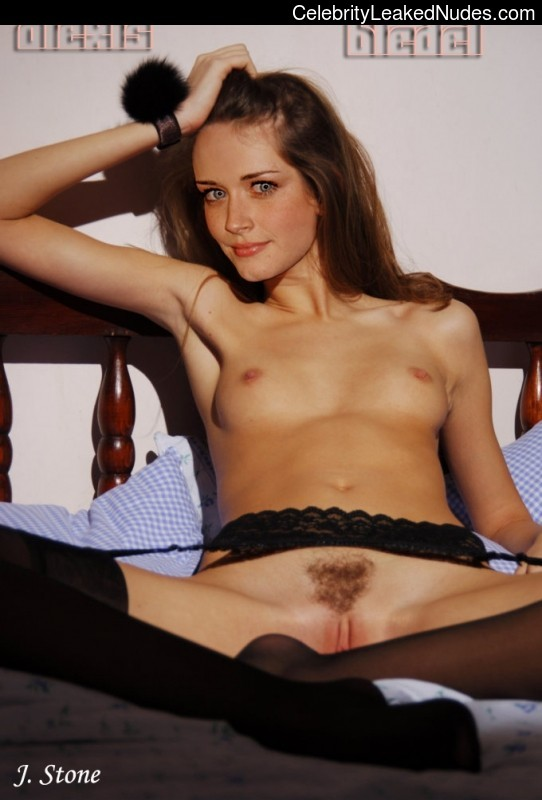 Free nude Celebrity Alexis Bledel 20 pic