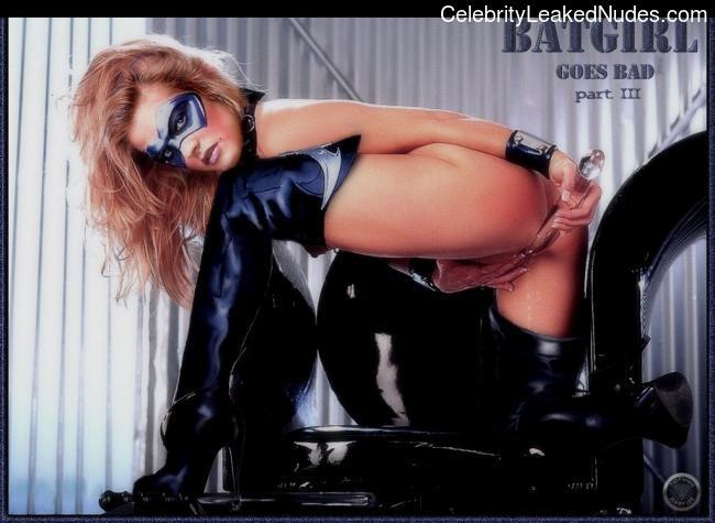 Nude Celeb Alicia Silverstone 14 pic