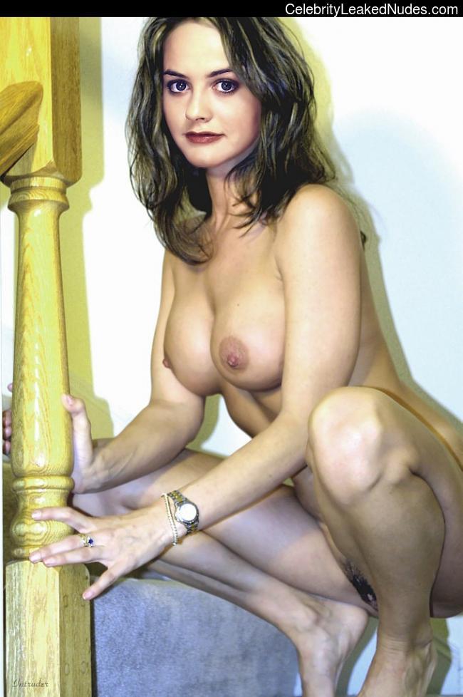 Celeb Nude Alicia Silverstone 9 pic