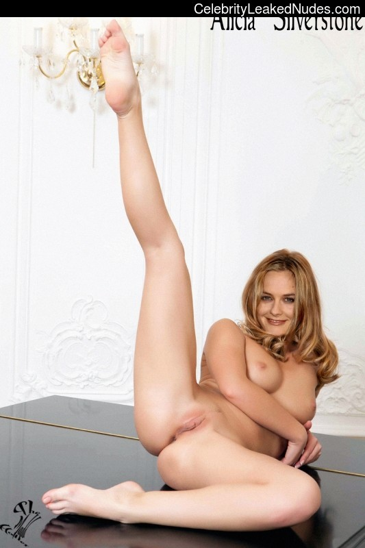 Free nude pictures of alicia silverstone more than