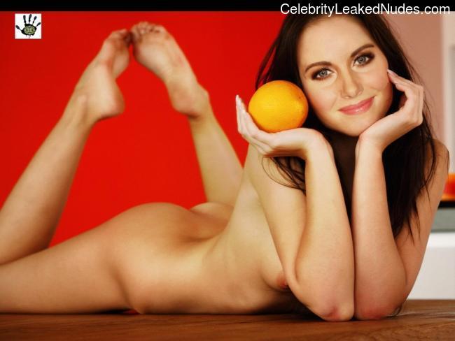 Alison Brie nude celeb