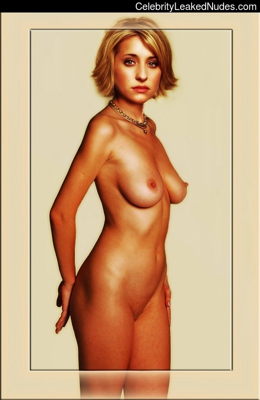 allison mack naked pic