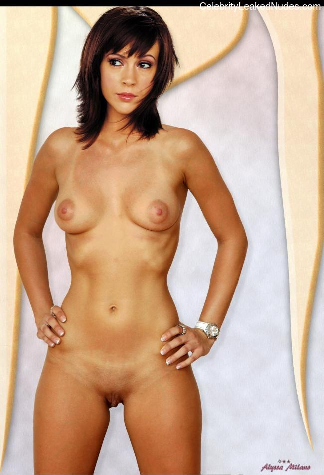 Newest Celebrity Nude Alyssa Milano 2 pic