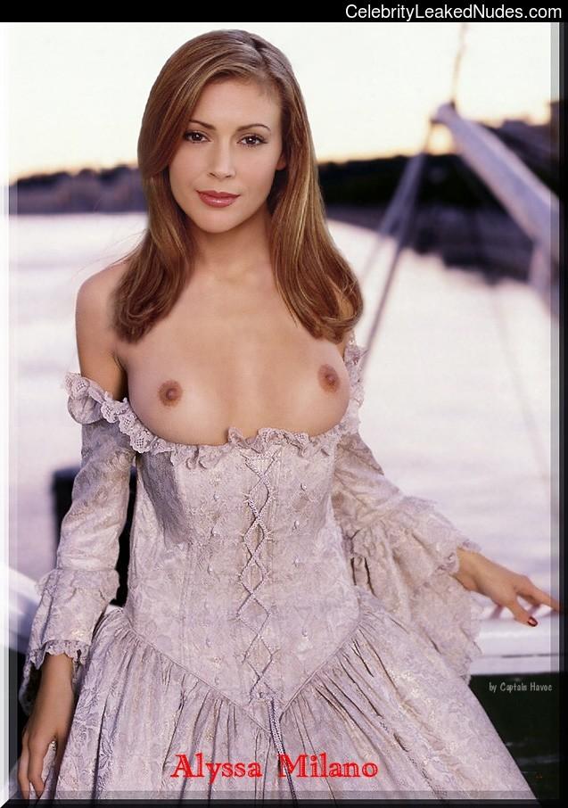 Naked Celebrity Pic Alyssa Milano 3 pic