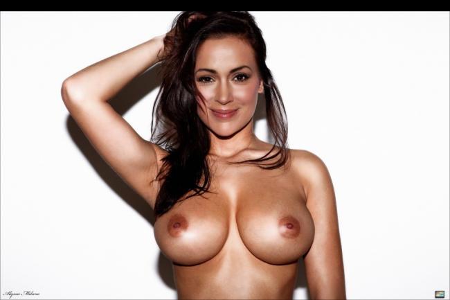 celeb nude Alyssa Milano 3 pic