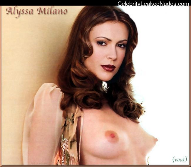 Newest Celebrity Nude Alyssa Milano 7 pic