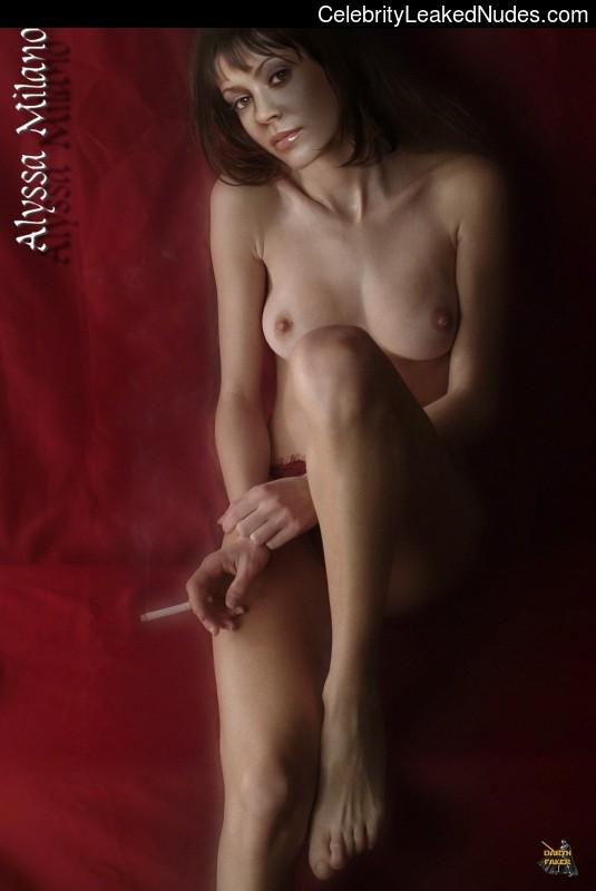 Nude Celeb Pic Alyssa Milano 3 pic