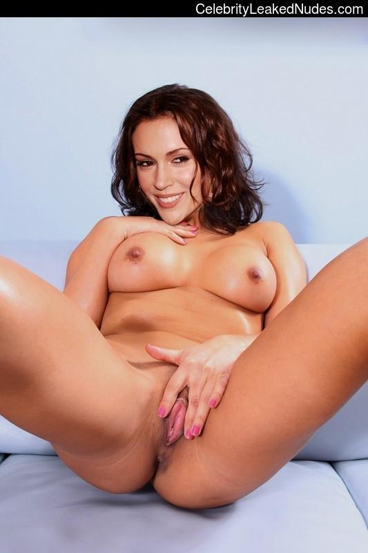 fake nude celebs Alyssa Milano 6 pic