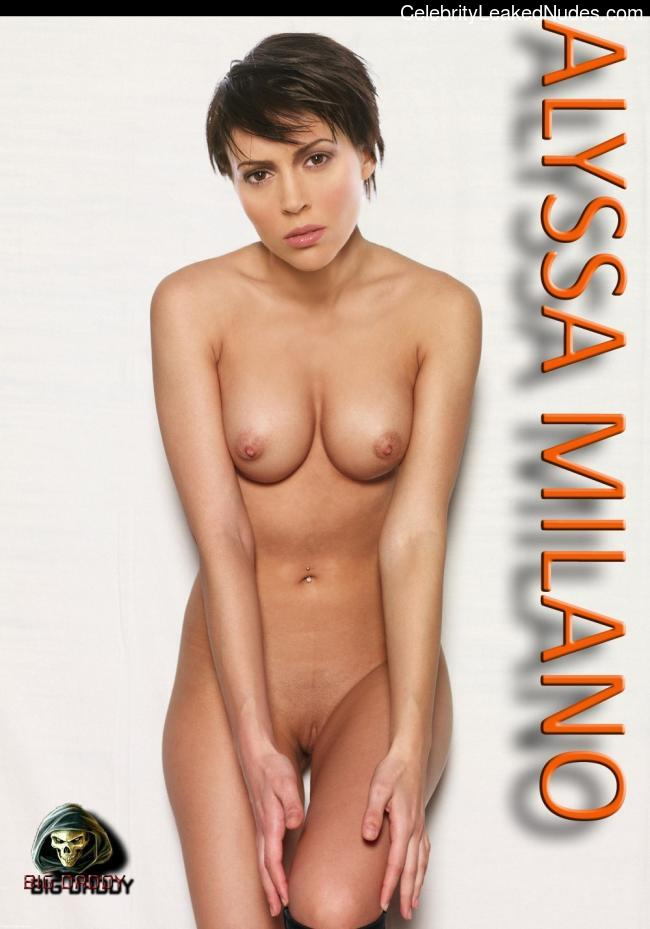 Naked Celebrity Alyssa Milano 30 pic