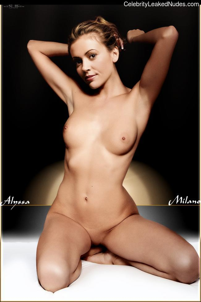 Alyssa Milano naked celebrity pictures