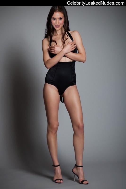 Naked Celebrity Pic Alyssa Milano 2 pic
