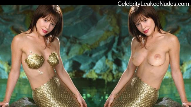 Celebrity Nude Pic Alyssa Milano 10 pic