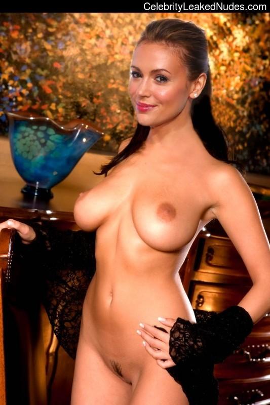 порно фото алиса милано