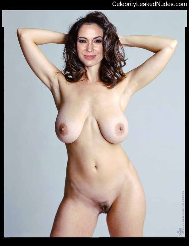 Best Celebrity Nude Alyssa Milano 3 pic