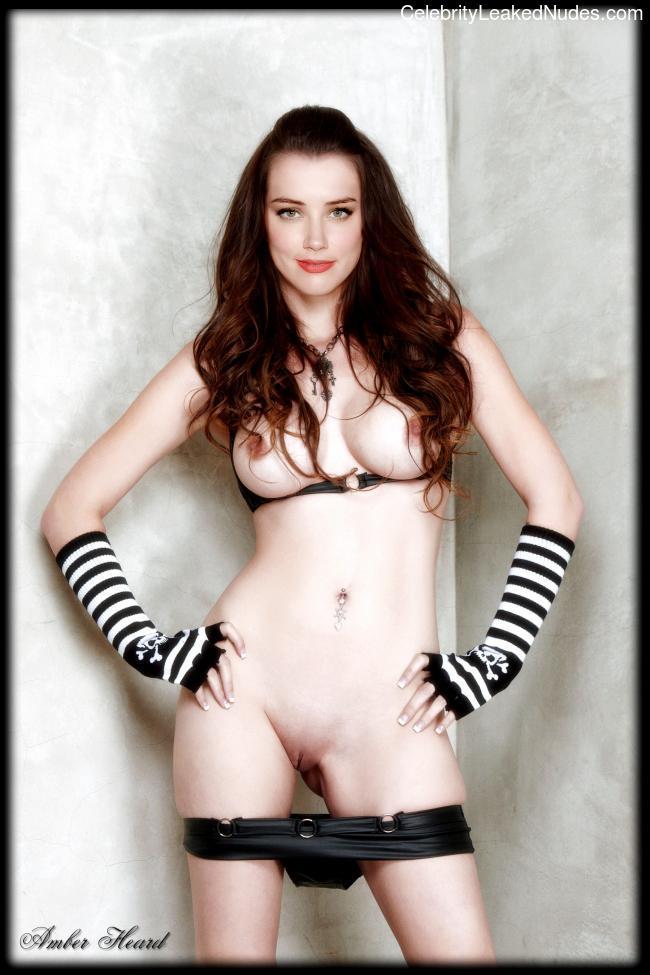 Free Nude Celeb Amber Heard 1 pic