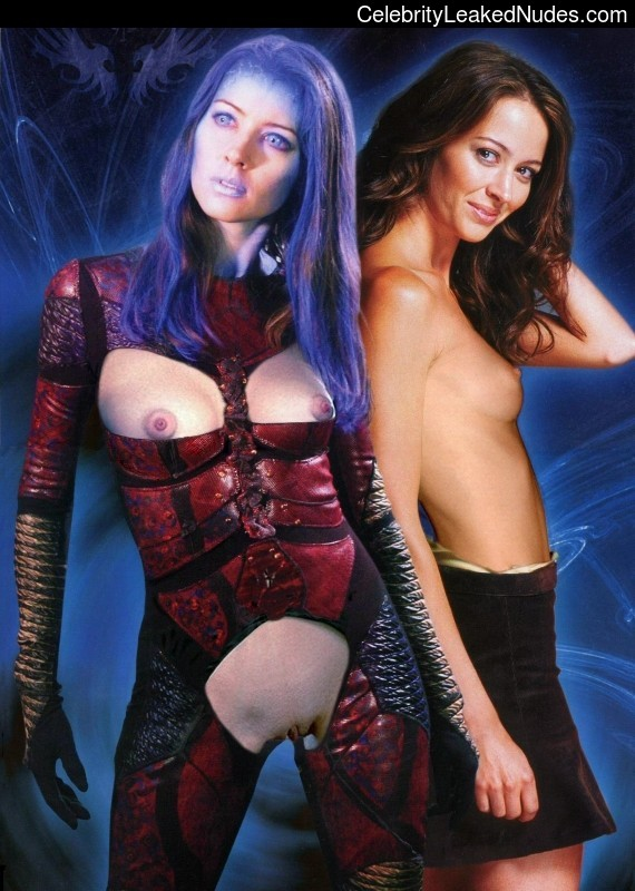 fake nude celebs Amy Acker 4 pic