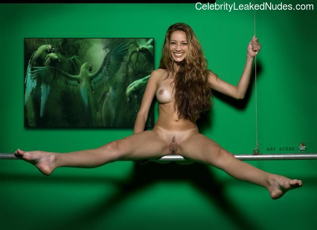 Naked Celebrity Pic Amy Acker 12 pic