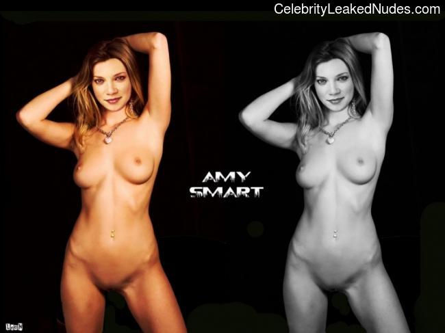 Naked celebrity picture Amy Smart 30 pic
