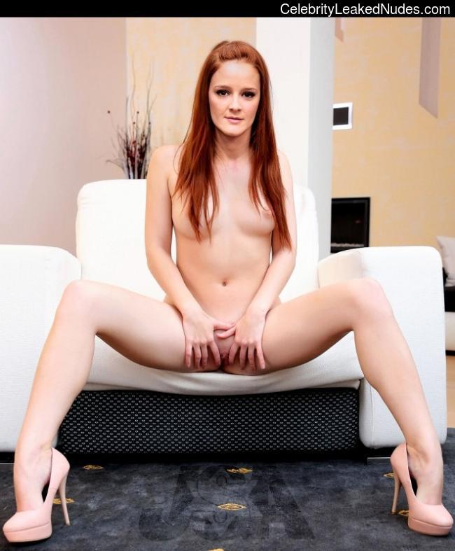 Ana Maria Polvorosa nude celebs