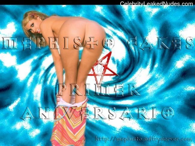 Free nude Celebrity Anahi Giovanna 12 pic