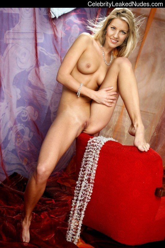 Celebrity Leaked Nude Photo Andrea Parker 25 pic