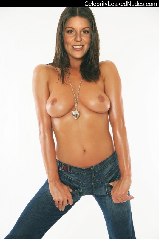Naked celebrity picture Andrea Parker 27 pic