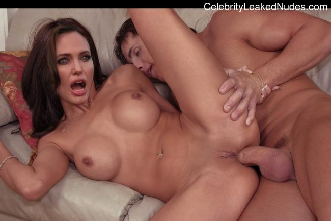 Newest Celebrity Nude Angelina Jolie 22 pic