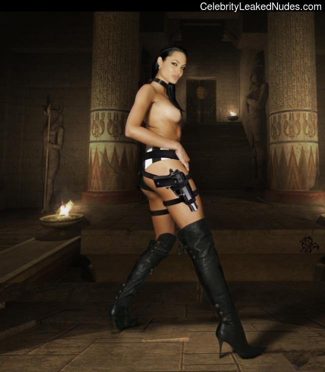 Celeb Nude Angelina Jolie 2 pic