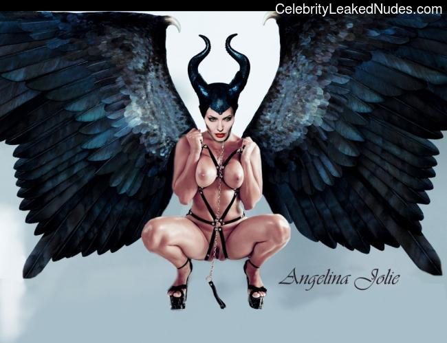 Celebrity Naked Angelina Jolie 2 pic