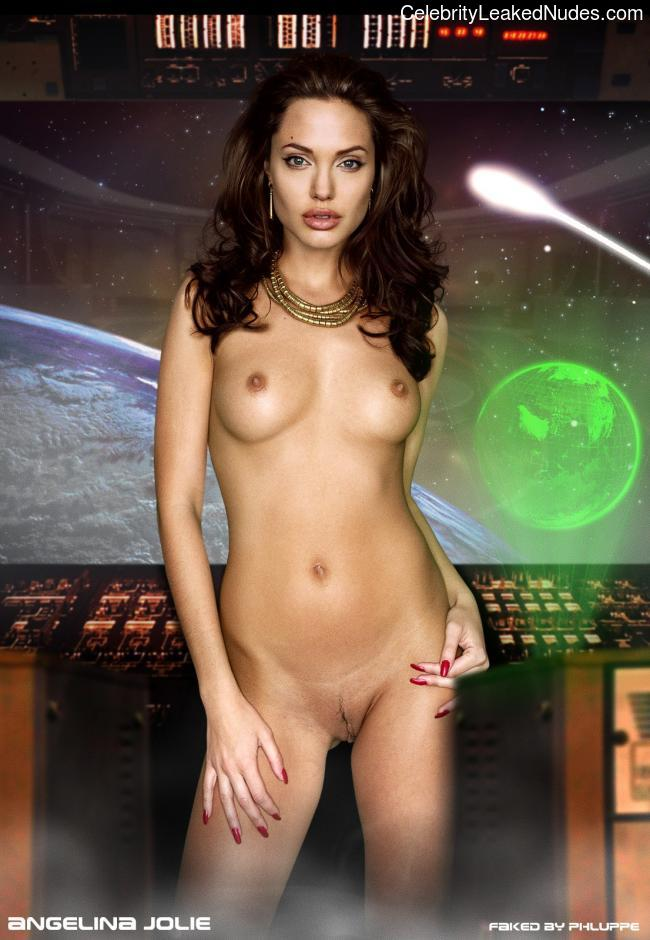 Best Celebrity Nude Angelina Jolie 15 pic