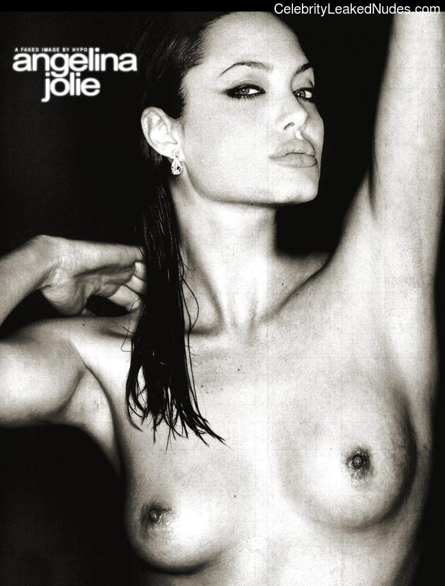 Free Nude Celeb Angelina Jolie 3 pic