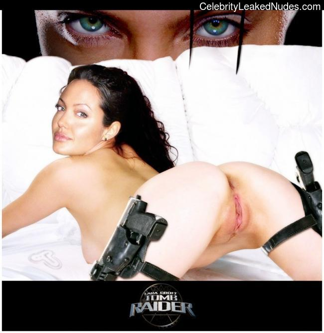 Best Celebrity Nude Angelina Jolie 4 pic