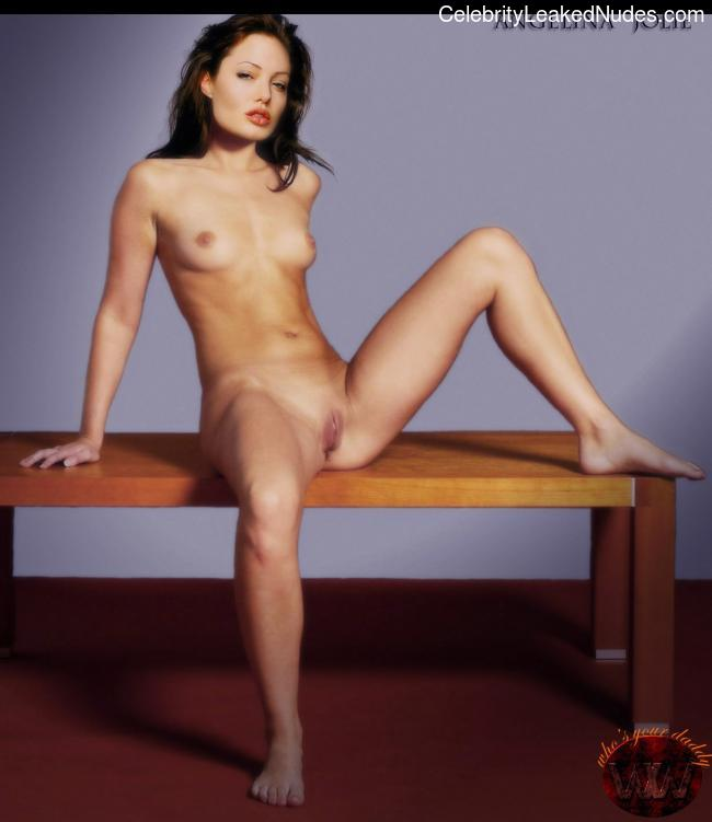 Newest Celebrity Nude Angelina Jolie 4 pic