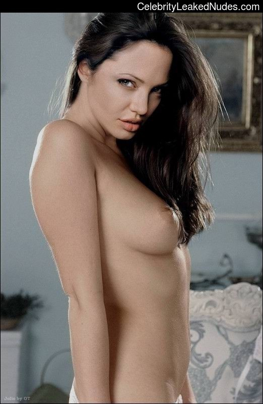 Real Celebrity Nude Angelina Jolie 3 pic