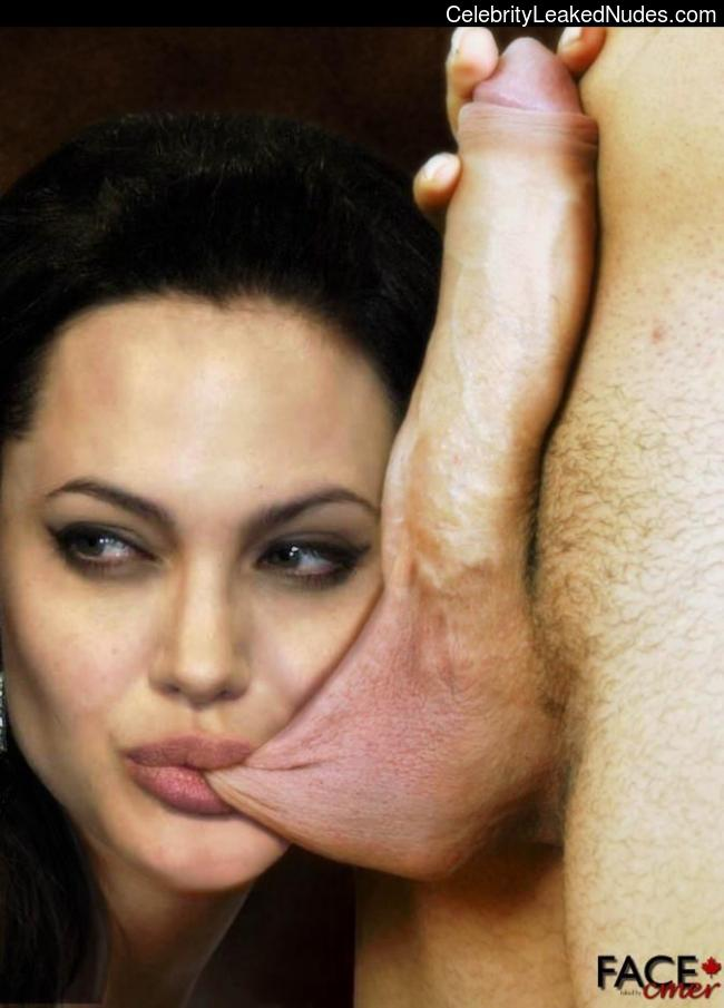 Celebrity Leaked Nude Photo Angelina Jolie 15 pic