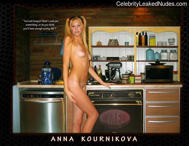 Celeb Nude Anna Kournikova 20 pic