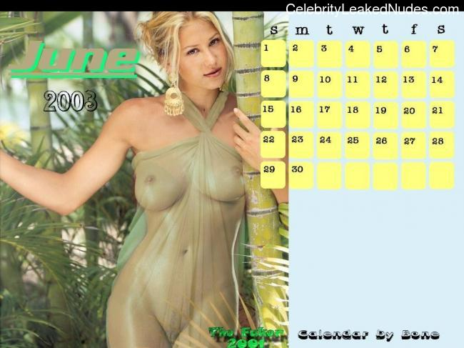Hot Naked Celeb Anna Kournikova 21 pic