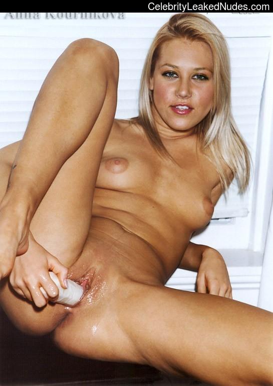 Newest Celebrity Nude Anna Kournikova 7 pic