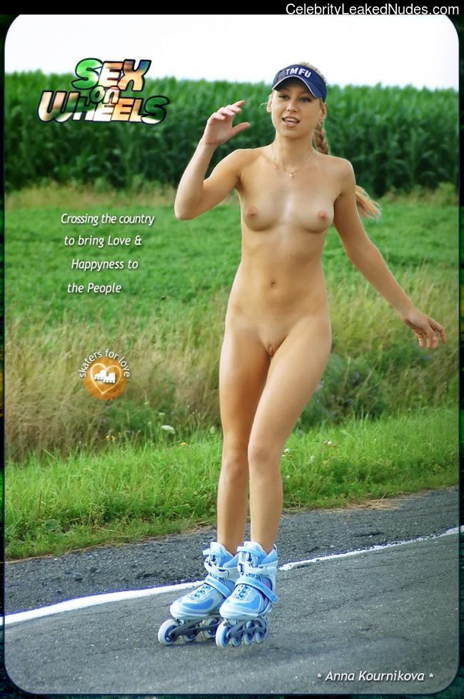 Naked Celebrity Pic Anna Kournikova 9 pic
